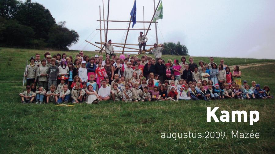 Kamp (augustus 2009, Mazée)